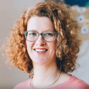 Vorstand und Dozentin Ulrike Fichte